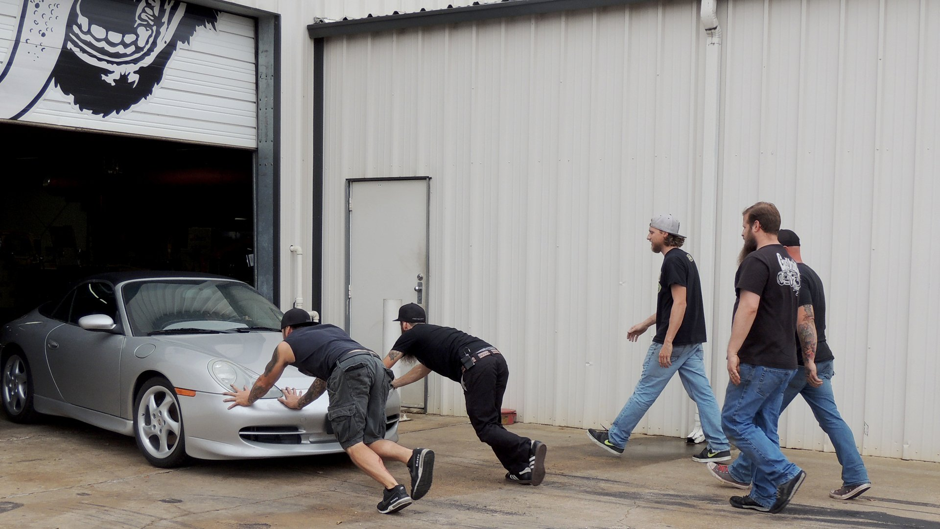Fast N Loud 11 Episode 8 This Is So Farfegnugen Motortrend Whether or not you actually like gingerbread cookies is kinda irrelevant. fast n loud 11 episode 8 this is